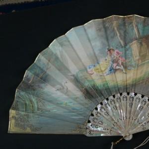 Antique fan from the time of Elizabeth II. Spain. 35,7 cm #D0008