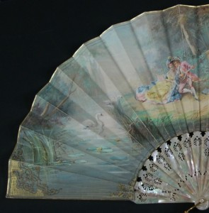 Antique fan from the time of Elizabeth II. Spain. 35,7 cm #D0008